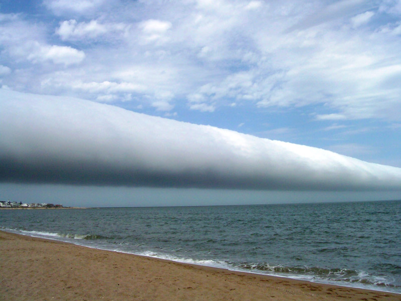 roll cloud over uruguay Picture of the Day: Roll Cloud Over Uruguay
