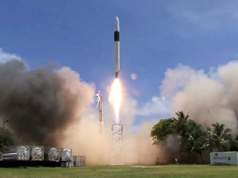 spacex falcon 1 flight 4 liftoff first private spacract in orbit This Day In History   September 28th