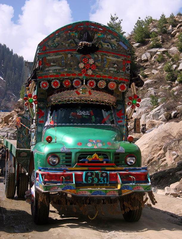 truck art pakistan 10 Decorative Truck Art from Pakistan