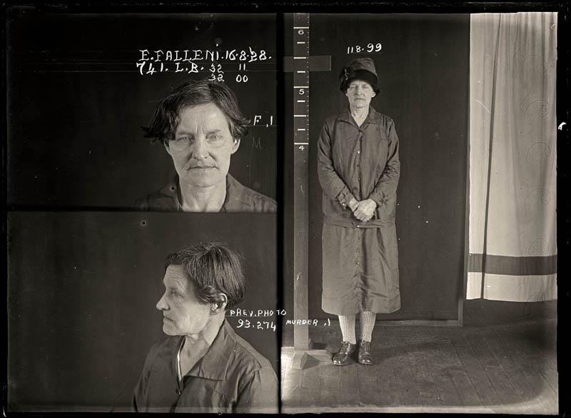 vintage female mug shots 16 Femme Fatales: 35 Vintage Female Mug Shots