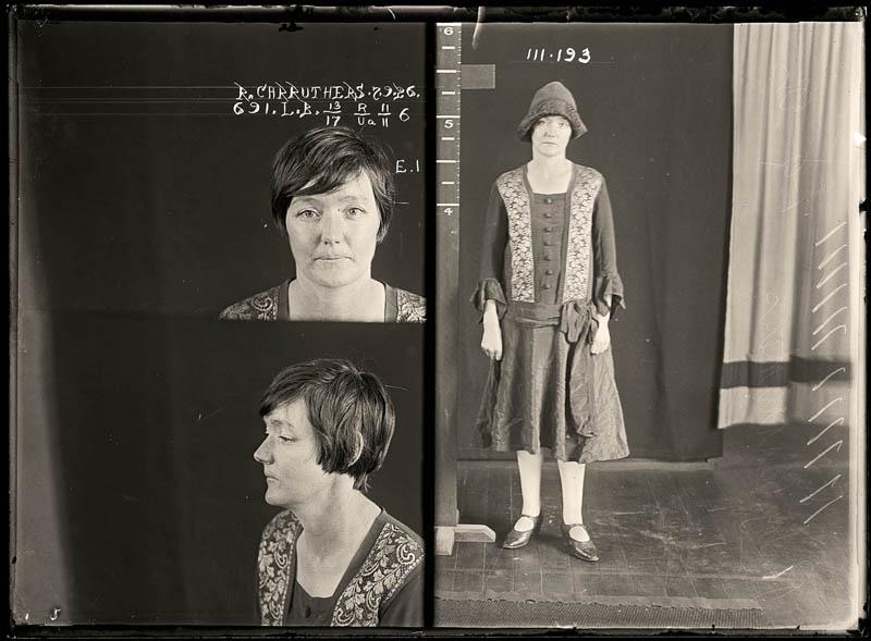 vintage female mug shots 43 Femme Fatales: 35 Vintage Female Mug Shots