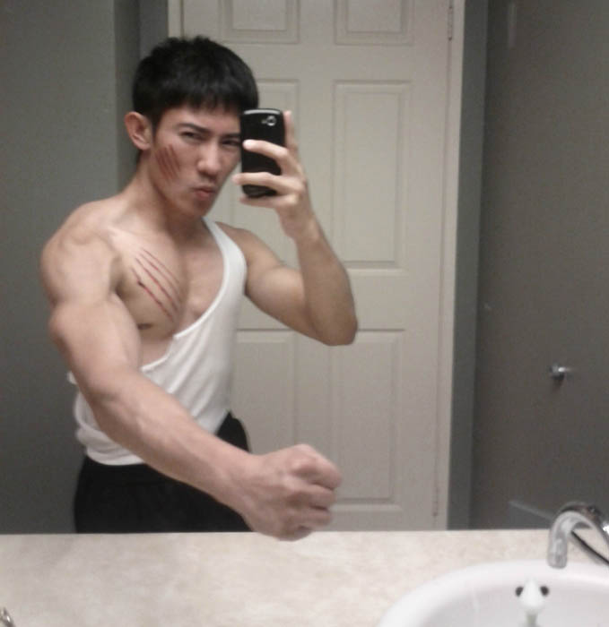 bruce lee hilarious halloween costume 25 Hilarious Halloween Costumes from the Weekend