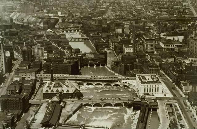 early 1900s vintage early black and white shot of downtown rochester This Day In History   October 26th