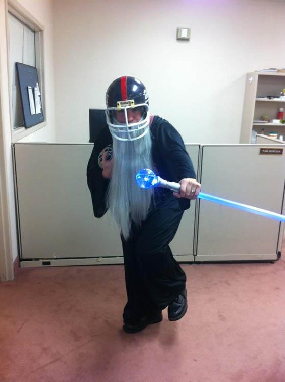 fantasy football hilarious halloween costume 25 Hilarious Halloween Costumes from the Weekend