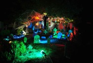 15 Awesome Front Yard Halloween Displays
