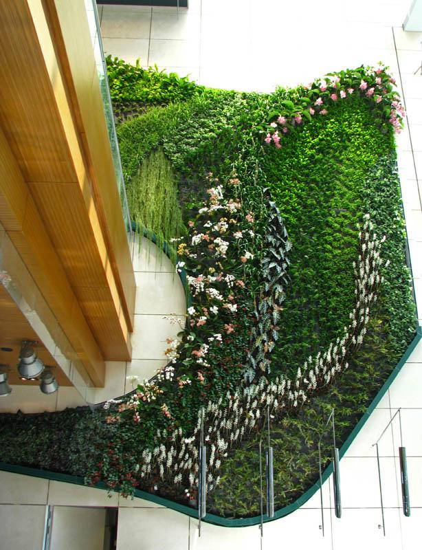 icon hotel hong kong polytechnic university vertical wall garden2 15 Incredible Vertical Gardens Around the World