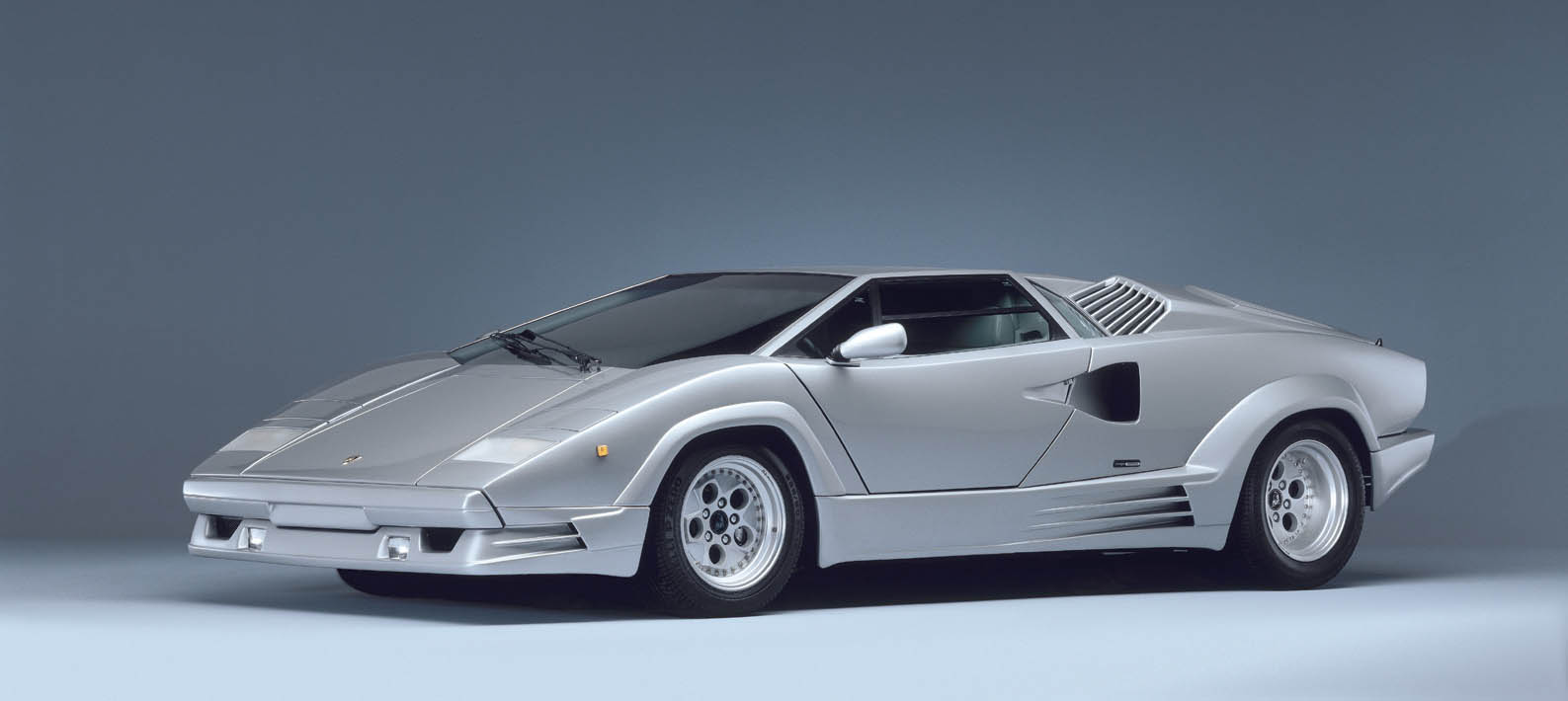 lamborghini countach 25th anniversary 1988 5 The Legendary Lamborghini Countach