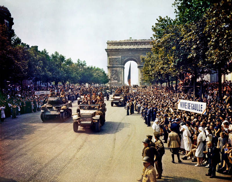 liberation of paris crowds of french patriots line the champs elysees This Day In History   October 19th