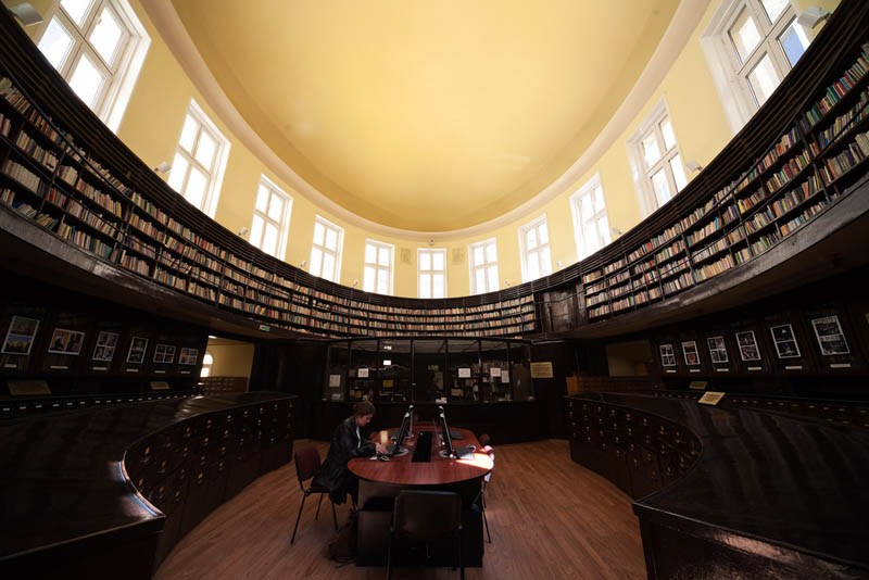 library of sofia university 15 Beautiful Libraries Around the World