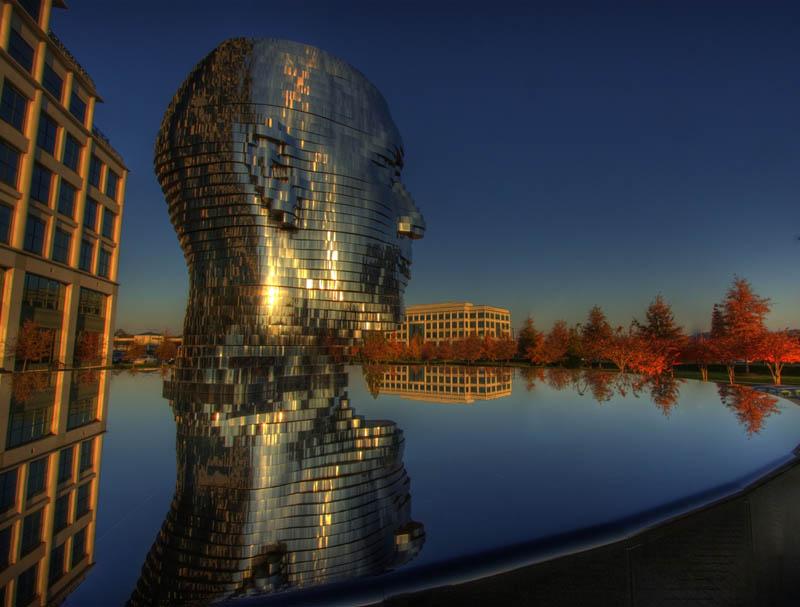 metalmorphosis david cerny stainless steel head sculpture north carolina 11 Metalmorphosis: Incredible Moving Sculpture by David Cerny