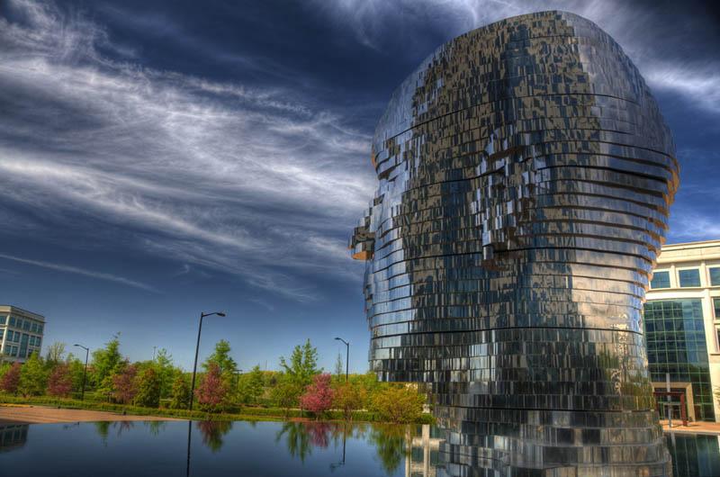 metalmorphosis david cerny stainless steel head sculpture north carolina 8 Metalmorphosis: Incredible Moving Sculpture by David Cerny