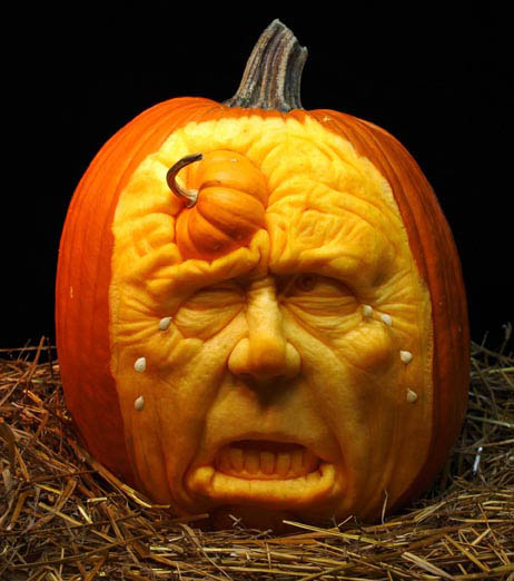 most amazing pumpkin carving ray villafane 3 10 Jaw Dropping Pumpkin Carvings by Ray Villafane