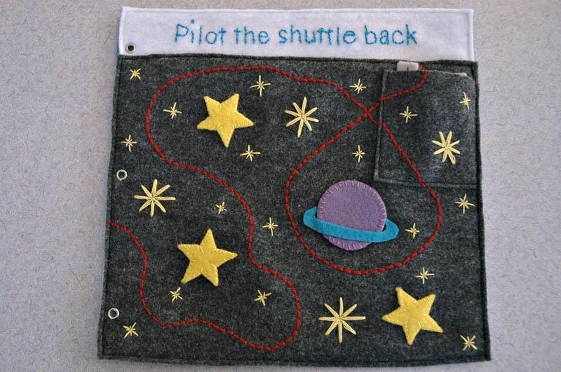 sewn felt star trek queit book for children 13 Awesome Star Trek Quiet Book for Kids