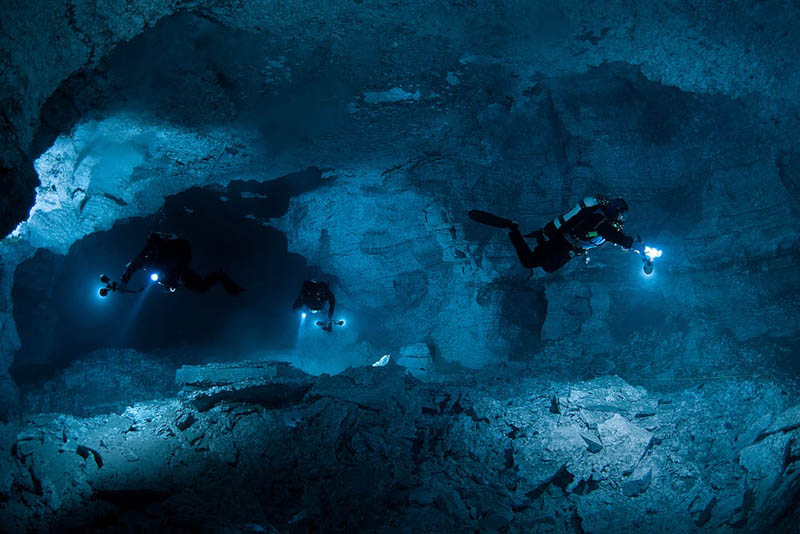 underwater orda cave russia Picture of the Day: Incredible Underwater Cave in Russia