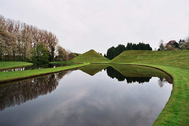 garden of cosmic speculation charles jencks 8 The Garden of Cosmic Speculation [23 pics]