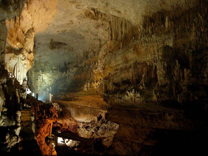 jeita grotto lebanon 12 The Jeita Grotto Limestone Caves in Lebanon