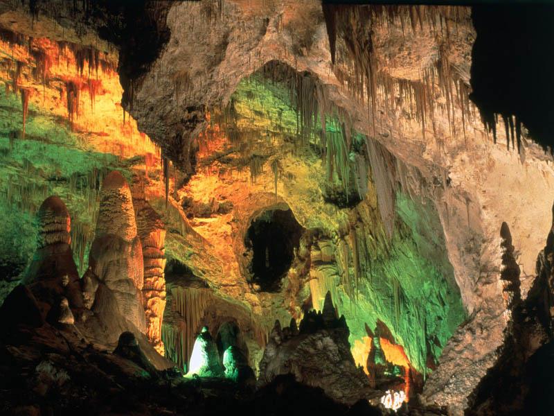 jeita grotto limestone caves lebanon 4 The Jeita Grotto Limestone Caves in Lebanon