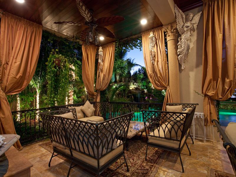 mediterranean moorish design 20 A Mediterranean Mansion with Moorish Flair [33 pics]