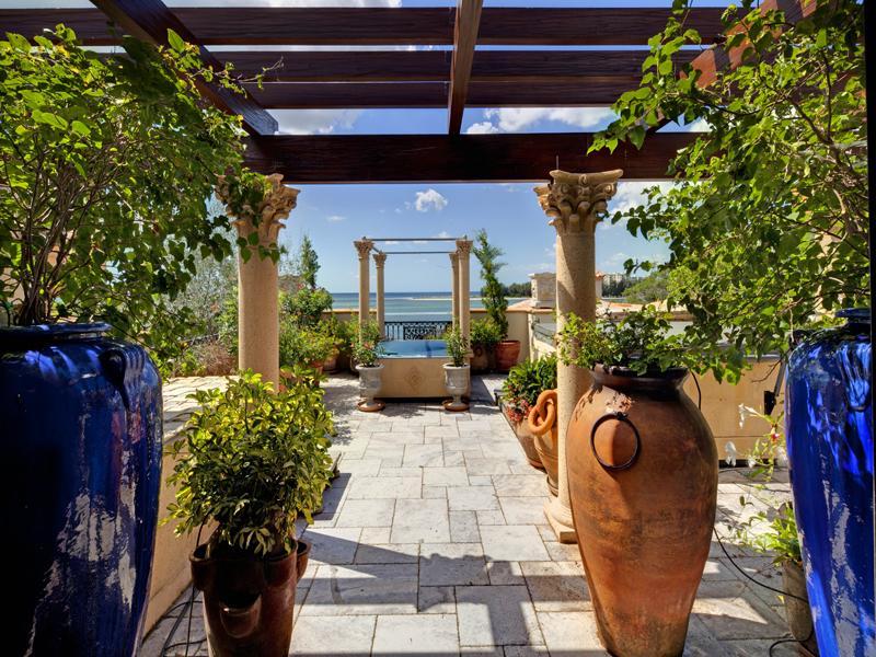 mediterranean moorish design 27 A Mediterranean Mansion with Moorish Flair [33 pics]