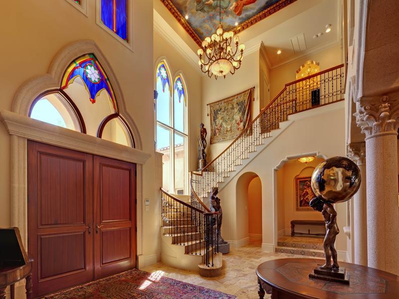 mediterranean moorish design 4 A Mediterranean Mansion with Moorish Flair [33 pics]