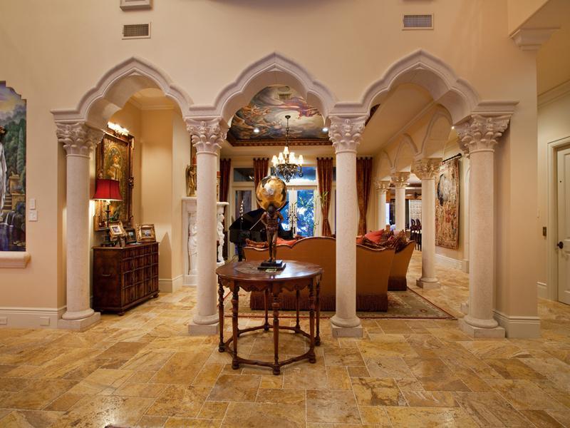 mediterranean moorish design 9 A Mediterranean Mansion with Moorish Flair [33 pics]