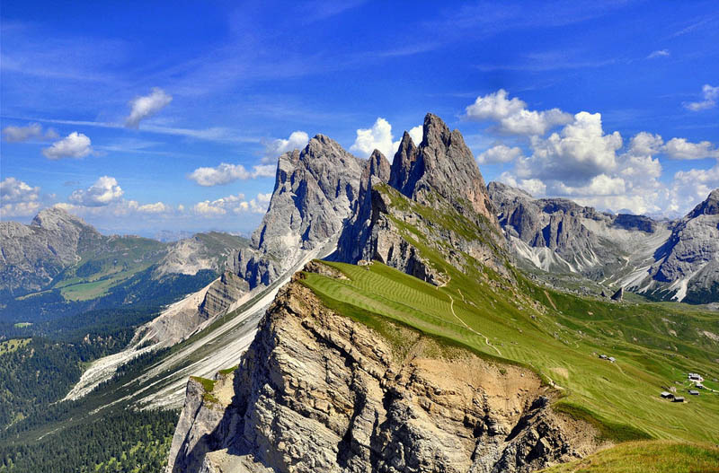 mountain farming in italy steep incline 3 Picture of the Day: Mountain Farming in Italy