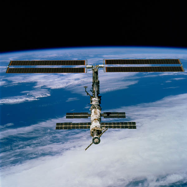 sts 97 iss This Day In History   November 2nd