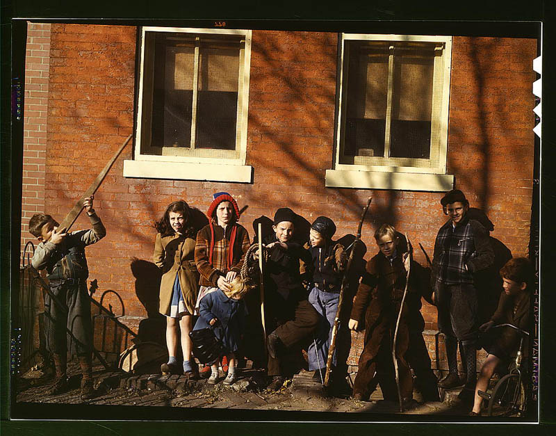 us life in the 1940s color photographs 16 Historic Color Photos of U.S. Life in the 1940s