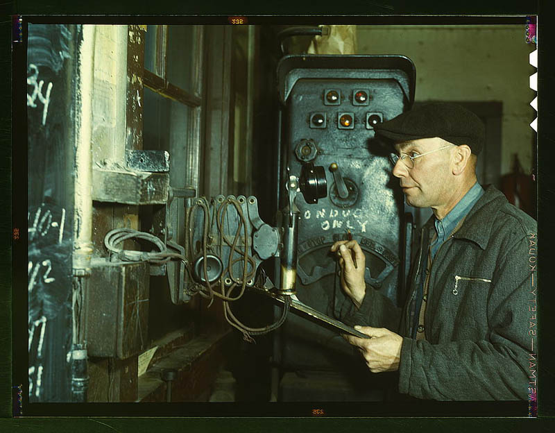 us life in the 1940s color photographs 18 Historic Color Photos of U.S. Life in the 1940s
