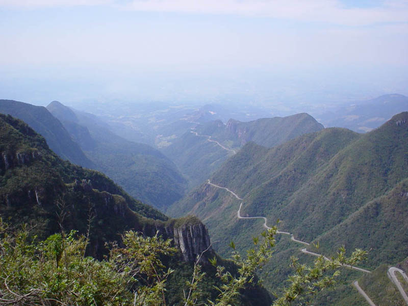 winding road serra do rio do rastro santa catarina brazil 2 Picture of the Day: Stunning Winding Road in Mountains of Brazil