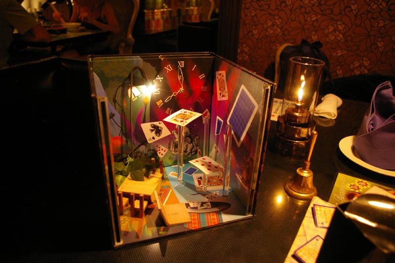 alice in wonderland restaurant tokyo japan 3 3 Bizarre Theme Restaurants in Tokyo, Japan