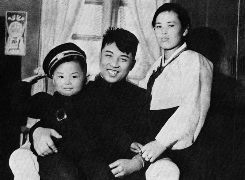 baby kim jong il Picture of the Day: Death of a Dictator