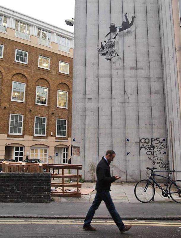 banksy shop til you drop 2 Banksy Goes on a Holiday Tear [9 pics]