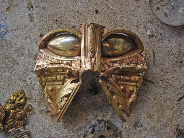 darth vader made from scrap junk bellino alain 6 Darth Vader Mask Made from Scrap Metal