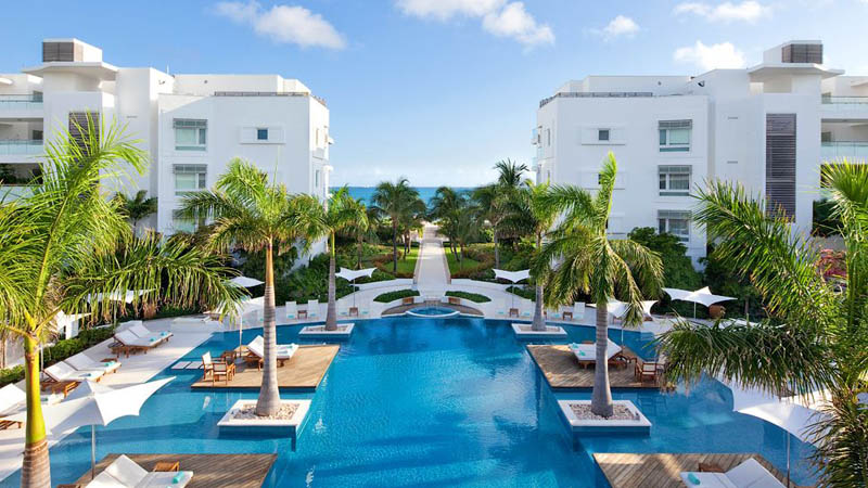 gansevoort turks and caicos 2 The Beaches and Resorts of Turks and Caicos [40 photos]