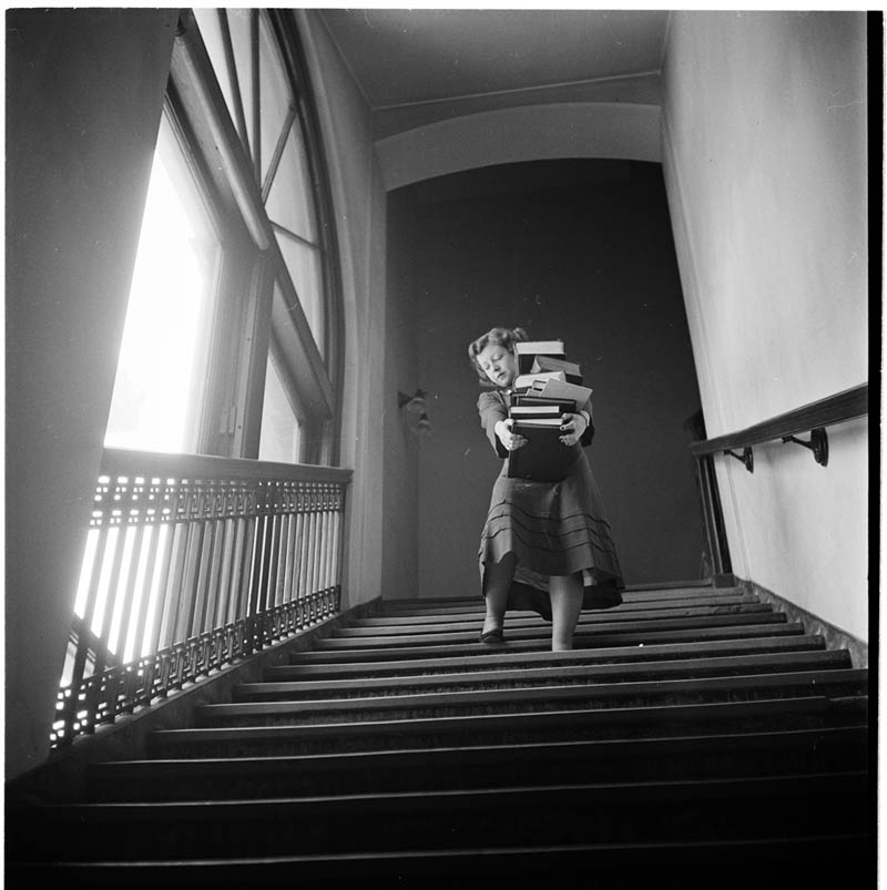 photographs by stanley kubrick look magazine life in new york 40s 1 Stanley Kubricks Photos of New York Life in the 40s