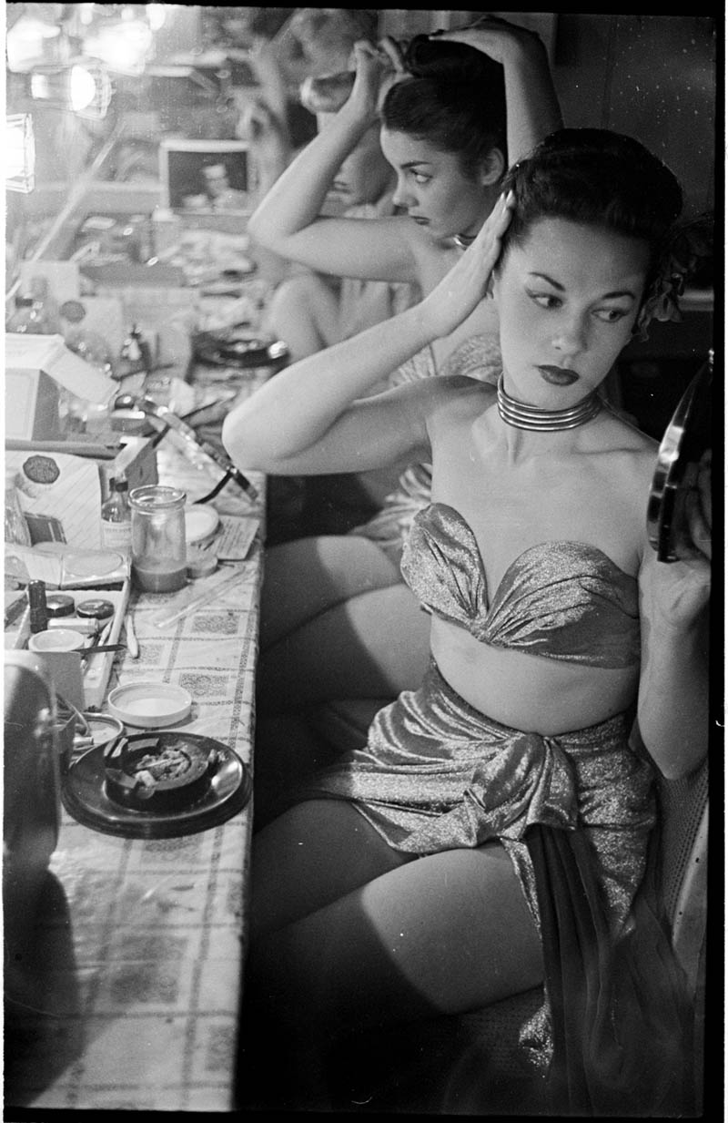 photographs by stanley kubrick look magazine life in new york 40s 12 Stanley Kubricks Photos of New York Life in the 40s