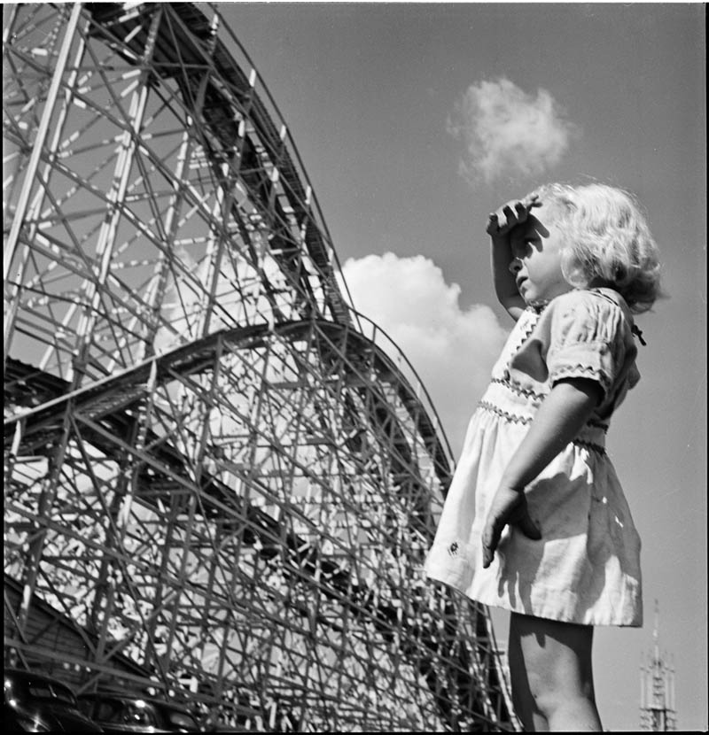 photographs by stanley kubrick look magazine life in new york 40s 22 Stanley Kubricks Photos of New York Life in the 40s