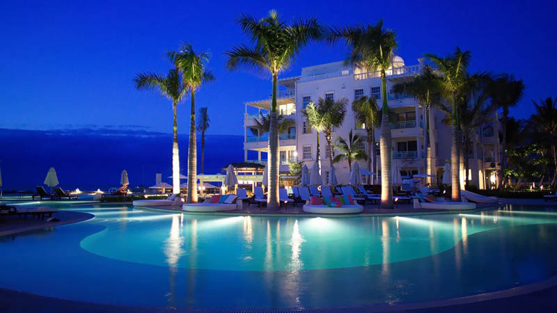 the regent palms turks and caicos1 The Beaches and Resorts of Turks and Caicos [40 photos]