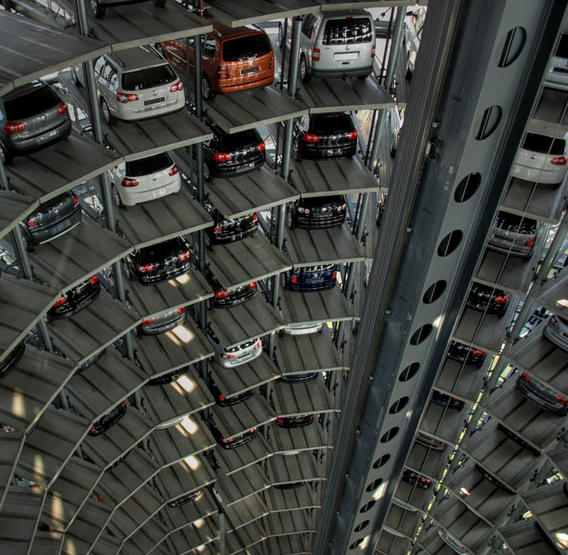 austadt vw car tower germany 5 Volkswagens 800 Vehicle Car Towers in Germany