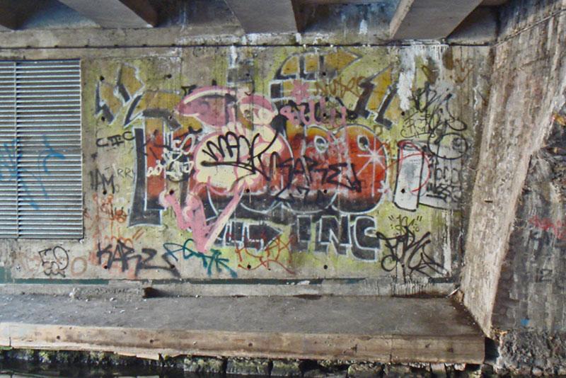 banksy robbo war london camden history 2 The Banksy vs Robbo War in Pictures