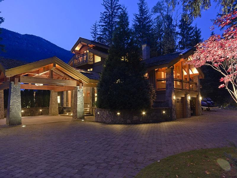 luxury whistler skil chalet crabapple drive 31 $15M Luxury Ski Chalet in Whistler, Canada