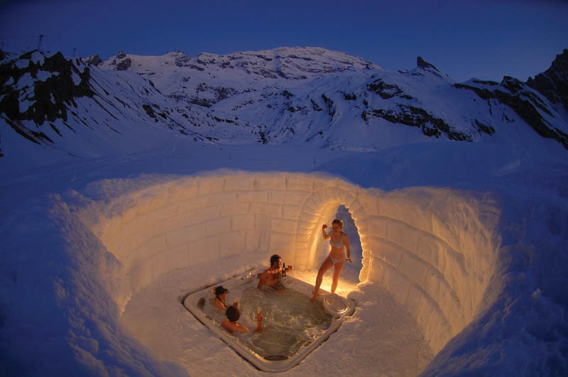 outdoor hottub jacuzzi in the matterhorn mountains The Top 75 Pictures of the Day for 2012