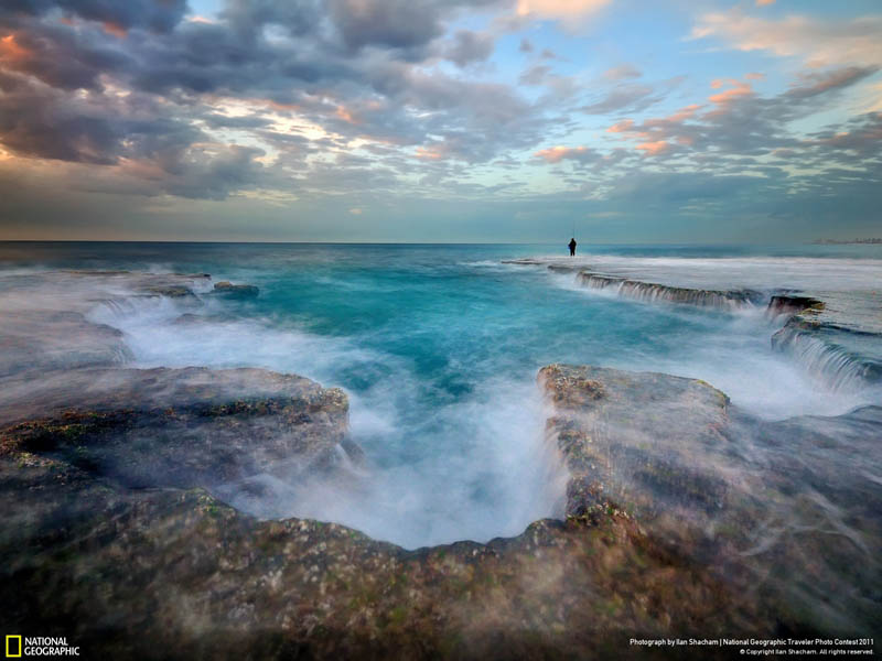 palmachim beach israel godzillas footprint Picture of the Day: Godzillas Footprint   Palmachim Beach, Israel