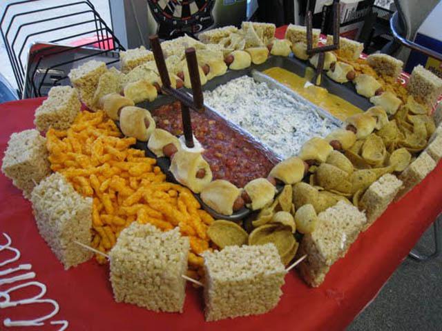 superbowl snack stadiums 16 The Best Super Bowl Snack Stadiums Ever