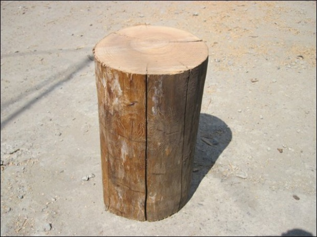 swedish fire torch make a stove from a single log 1 How To Make a Stove from a Single Log