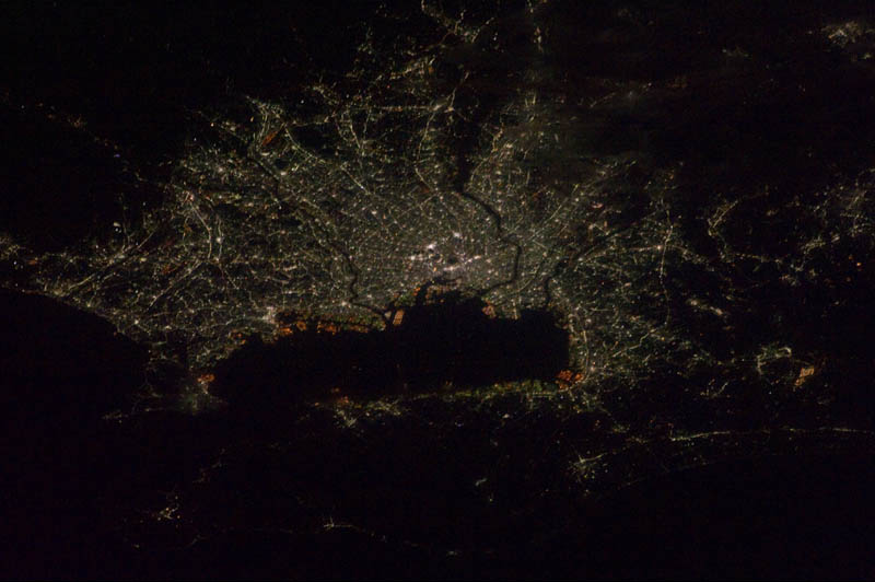tokyo japan at night from space nasa Earth at Night: 30 Photos from Space