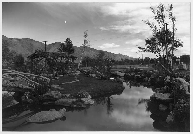 ansel adams life on japanese internment camps wwii manzanar 21 Ansel Adams Captures Life on a Japanese Internment Camp