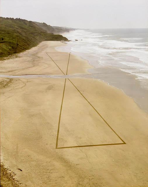 jim denevan giant beach sand art 2 The Colossal Land Art of Jim Denevan [30 pics]