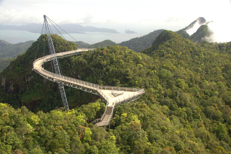 langkawi sky bridge malaysia Picture of the Day: The Langkawi Sky Bridge in Malaysia